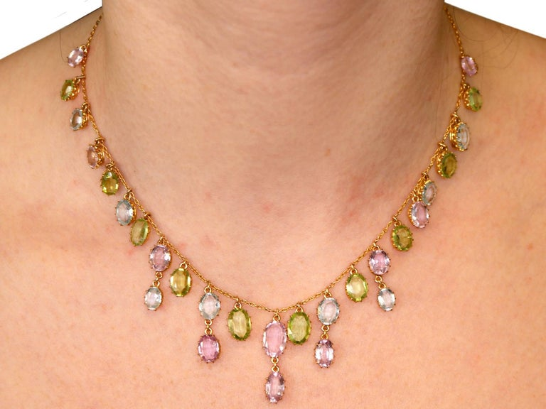 1900s 25.87 Ct Rose Quartz Peridot, Aquamarine and 18k Yellow Gold Necklace For Sale 3
