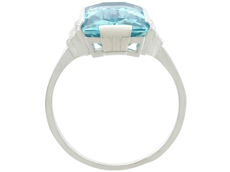 1930s Antique 6.47 Carat Aquamarine and Diamond White Gold Cocktail Ring In Excellent Condition For Sale In Jesmond, Newcastle Upon Tyne