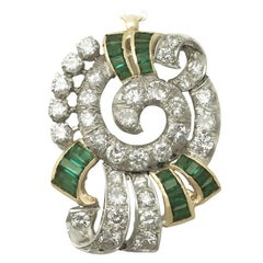1950s 3.06 Carat Diamond and Emerald Gold Pendant