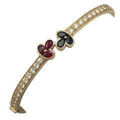 1.05 Carat Ruby Sapphire 2.16 Carat Diamond Gold Bangle