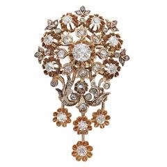 1900s Austro-Hungarian 3.04 Carat Diamond Yellow Gold Brooch
