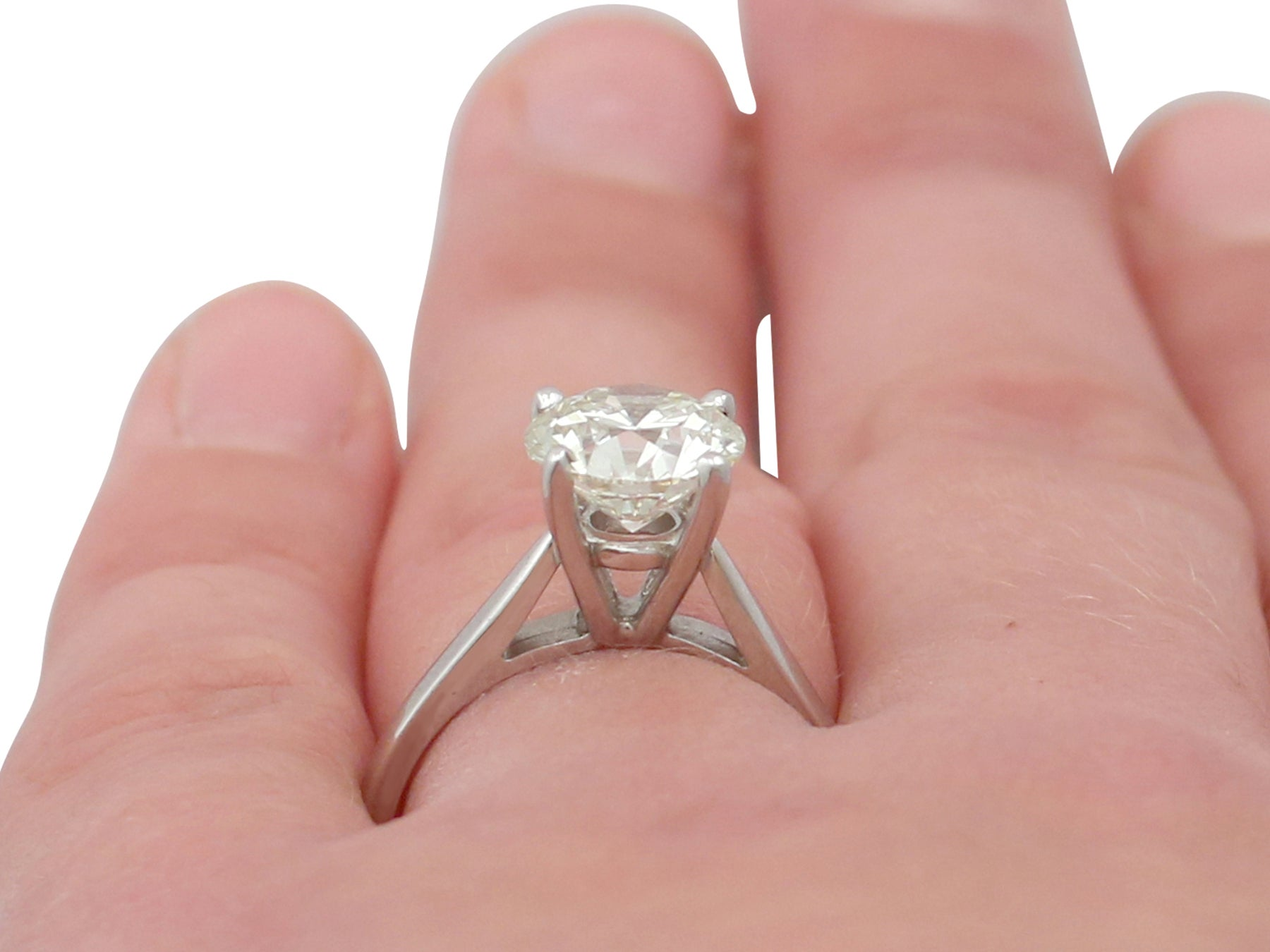 Contemporary 2.29 Carat Diamond and Platinum Solitaire Engagement ...