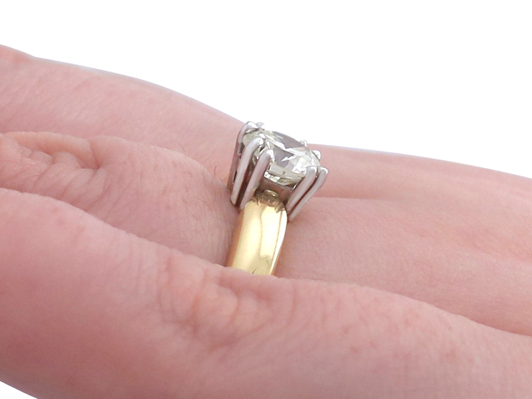 1.02Ct Diamond and Yellow Gold Solitaire Ring - Contemporary For ...