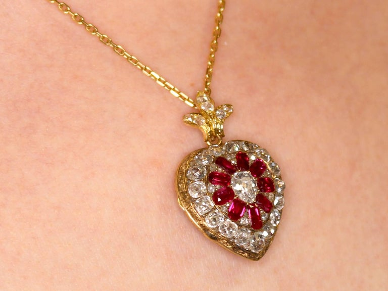 1880s Synthetic Ruby 4.55 Carats Diamonds Gold Pendant Locket For Sale 4