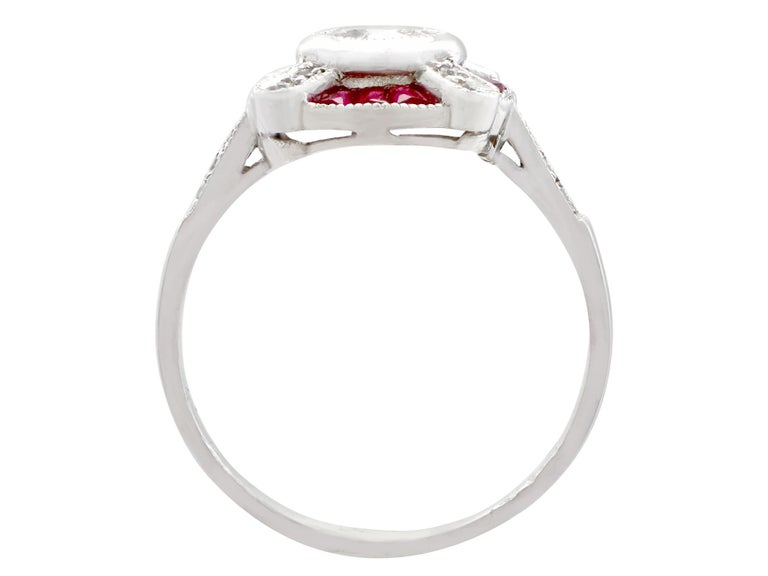 1940s Ruby and Diamond Platinum Cocktail Ring In Excellent Condition For Sale In Jesmond, Newcastle Upon Tyne