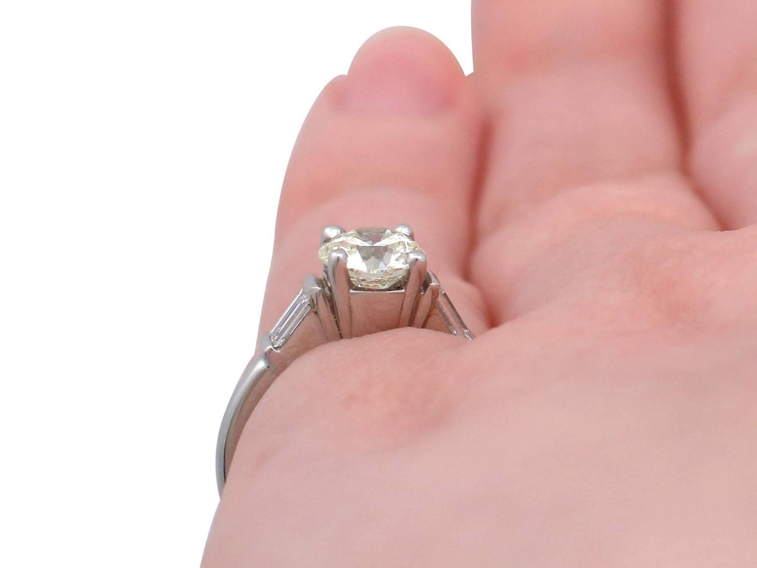 1.05 Carat Diamond and Platinum Solitaire Engagement Ring For Sale ...