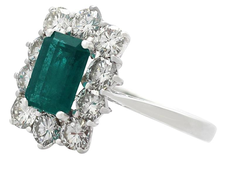 1.57Ct Emerald & 1.72Ct Diamond, 18k White Gold and Cluster Ring - Vintage 4