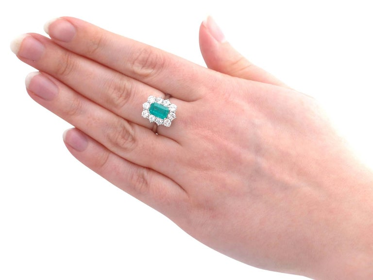 1.57 Carat Emerald and 1.72 Carat Diamond Cluster Engagement Ring For Sale 2