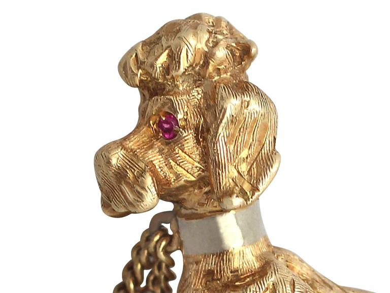 1960s 18k Yellow Gold 'Poodle' Brooch  For Sale 3