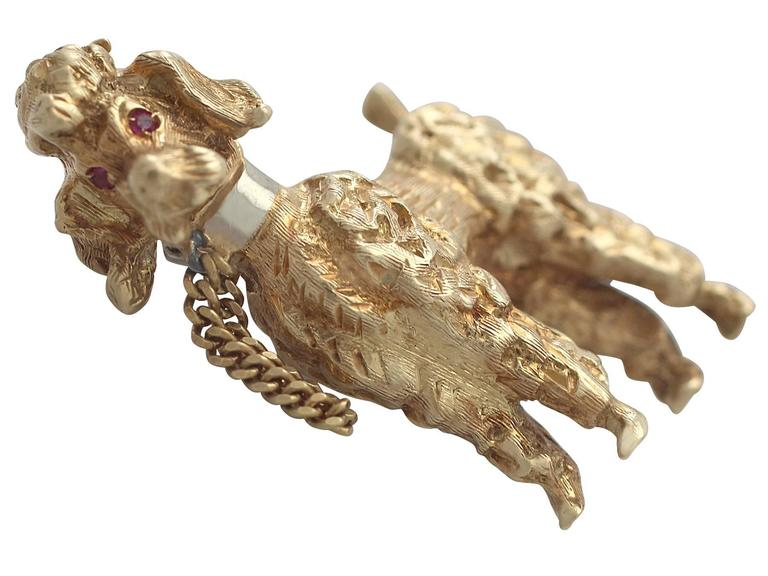 1960s 18k Yellow Gold 'Poodle' Brooch  For Sale 4