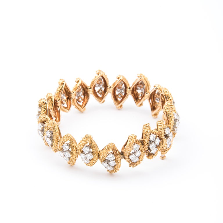 Boucheron 18k Yellow Gold and Diamond Bracelet In Good Condition For Sale In London, GB