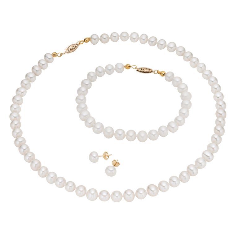 14 Karat Yellow Gold Freshwater Pearl Necklace Bracelet And Earring Set For