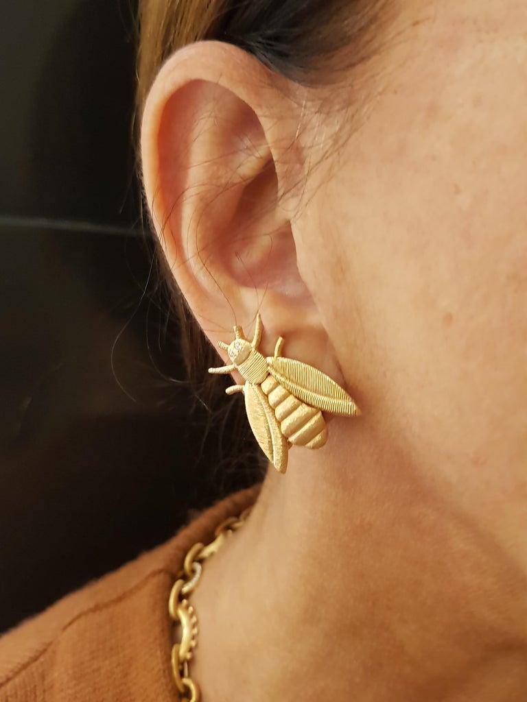Rose Gold Diamond Bee Stud Earrings In New Condition For Sale In Findikli, Beyoglu