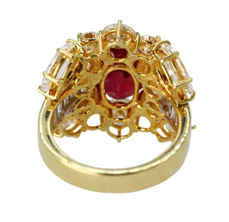 GIA Certified 4.24 Carat Ruby Diamond Ring In Excellent Condition For Sale In Atlanta, GA