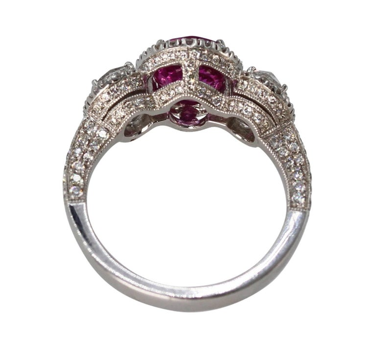 Women's or Men's 2.50 Carat Pink Sapphire and Diamond Ring For Sale
