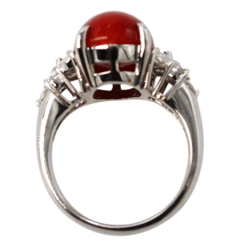 Red Coral and Diamond Ring In Excellent Condition For Sale In Atlanta, GA