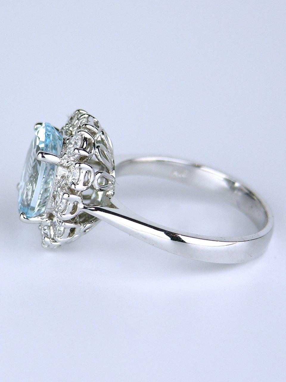 American oval aquamarine diamond Gold cluster ring 3