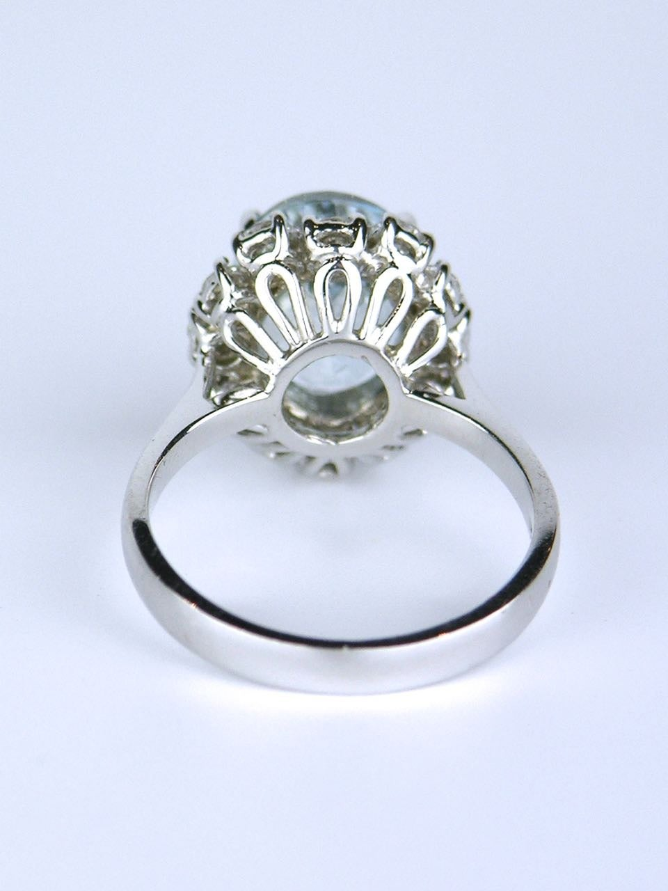 American oval aquamarine diamond Gold cluster ring 5