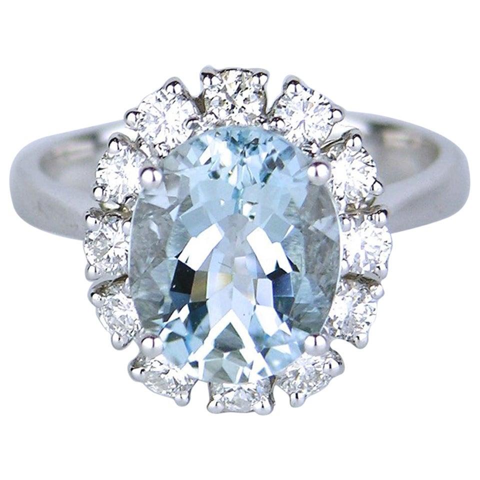 American oval aquamarine diamond Gold cluster ring 1