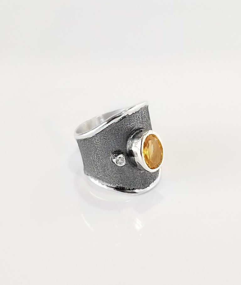 Contemporary Yianni Creations 1.25 Carat Citrine and Diamond Fine Silver and Rhodium Ring For Sale