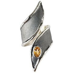 Yianni Creations 0.45 Carat Citrine Fine Silver and Oxidized Rhodium Ring