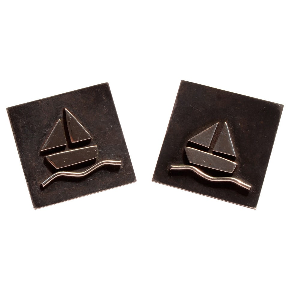 Sterling Silver Cufflinks with Sailboats For Sale