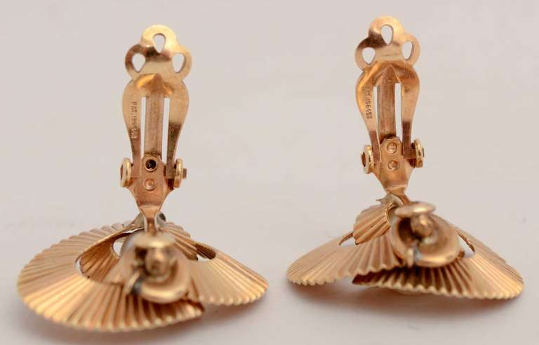 Retro Gold and Pearl Earrings In New Condition For Sale In Darnestown, MD