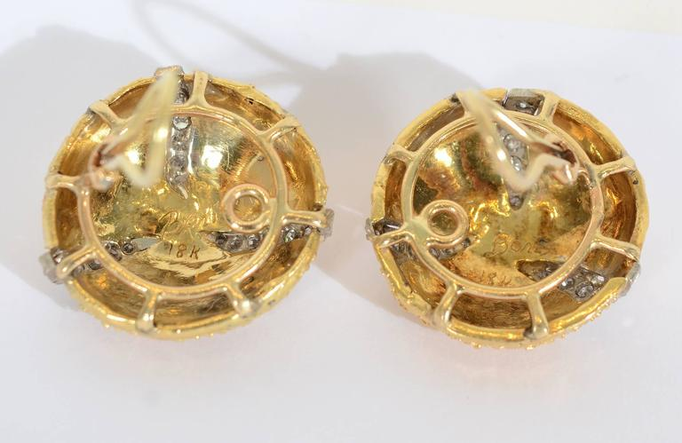 Boris LeBeau Diamond Gold Earrings In Excellent Condition For Sale In Darnestown, MD