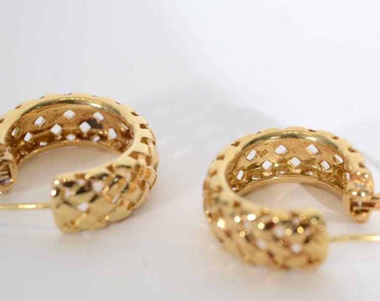 Women's Tiffany & Co. Yellow Gold Vannerie Basketweave Earrings For Sale