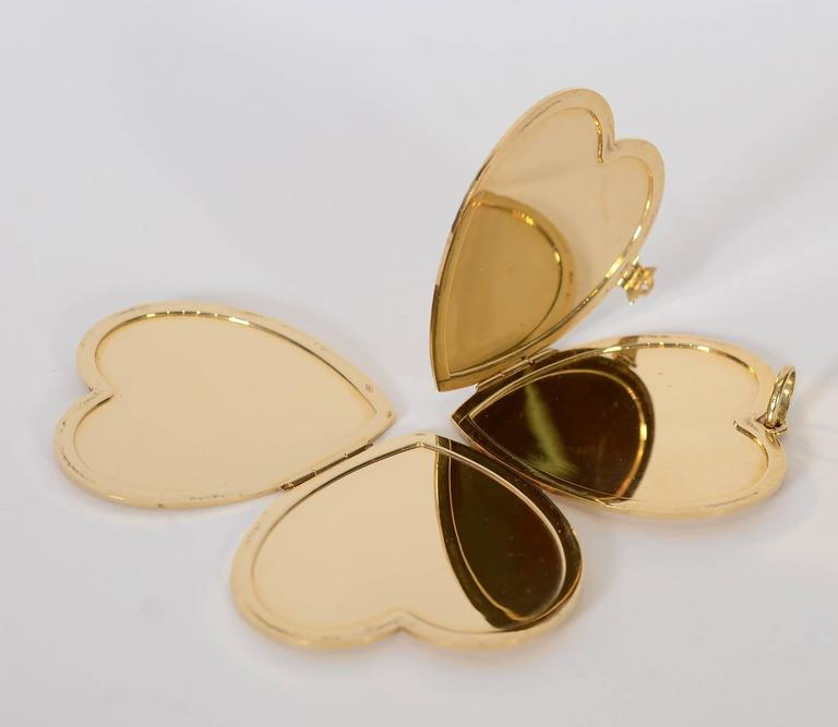 Retro Large Gold Heart Locket For Sale 2