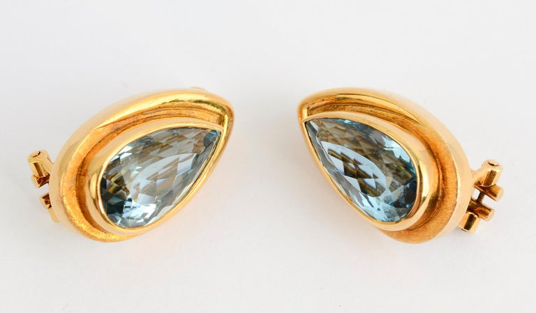 Beautiful blue topaz earrings  by Brazilian designer, Haroldo Burle Marx. Marx was known, in part, for the fine quality of the stones he worked with. The earrings are 1 inch in length and 9/16