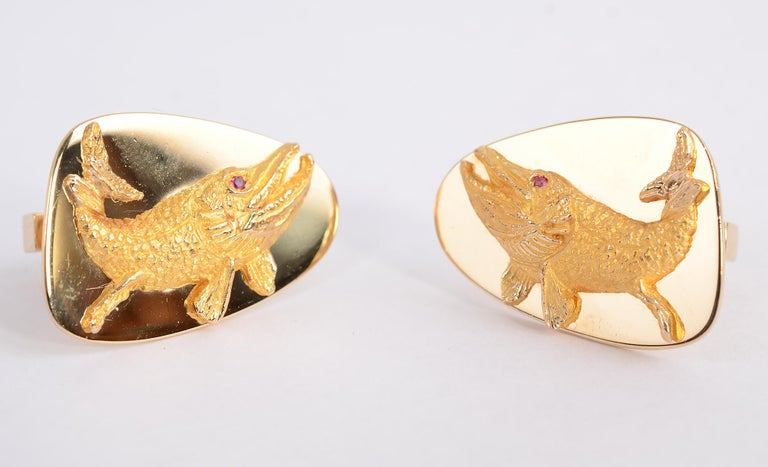 Modern Tiffany & Co. Gold Whale Cufflinks For Sale