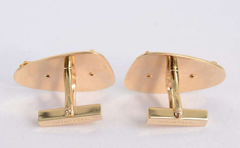 Tiffany & Co. Gold Whale Cufflinks In Excellent Condition For Sale In Darnestown, MD