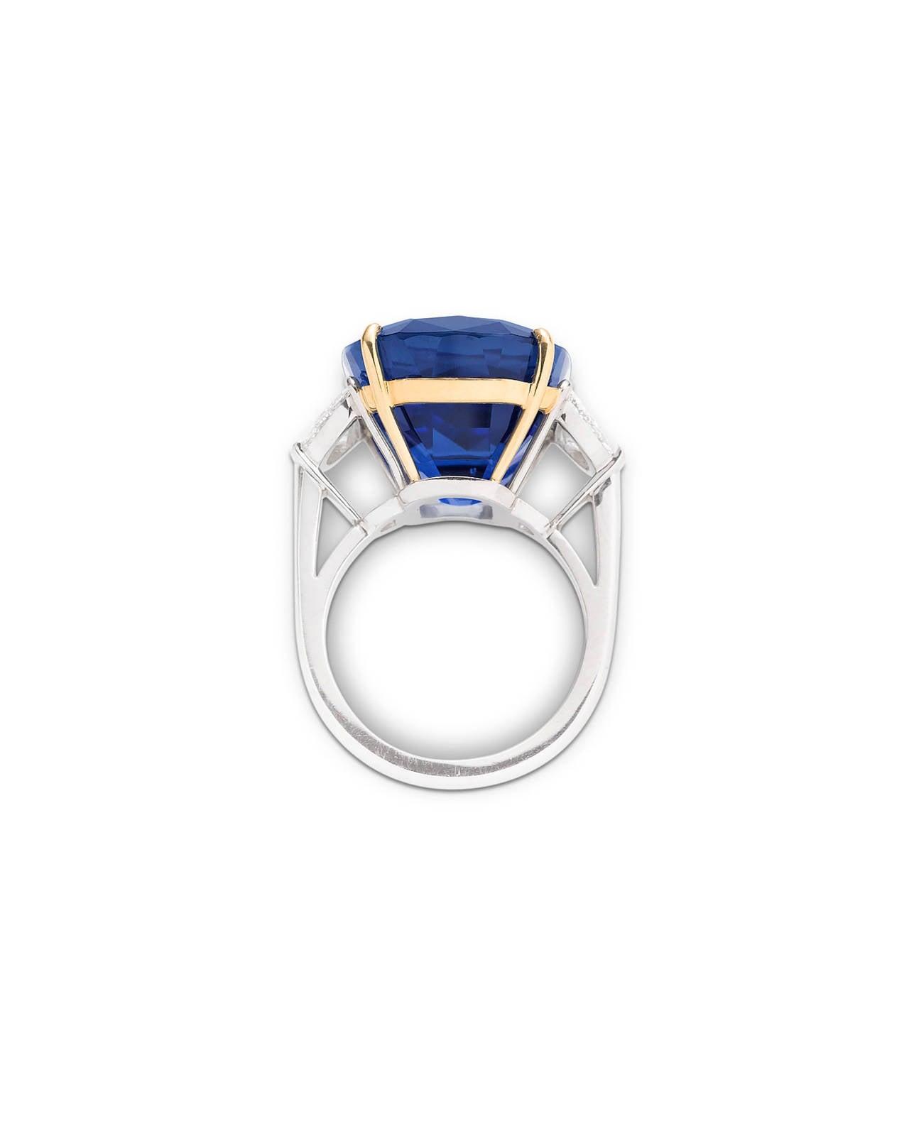 Untreated Burma Sapphire Ring 35.07 Carats 3
