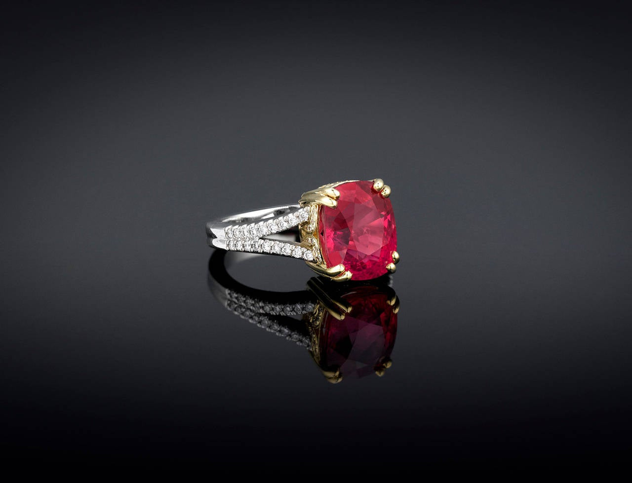 Spinel Diamond Gold Platinum Ring 2