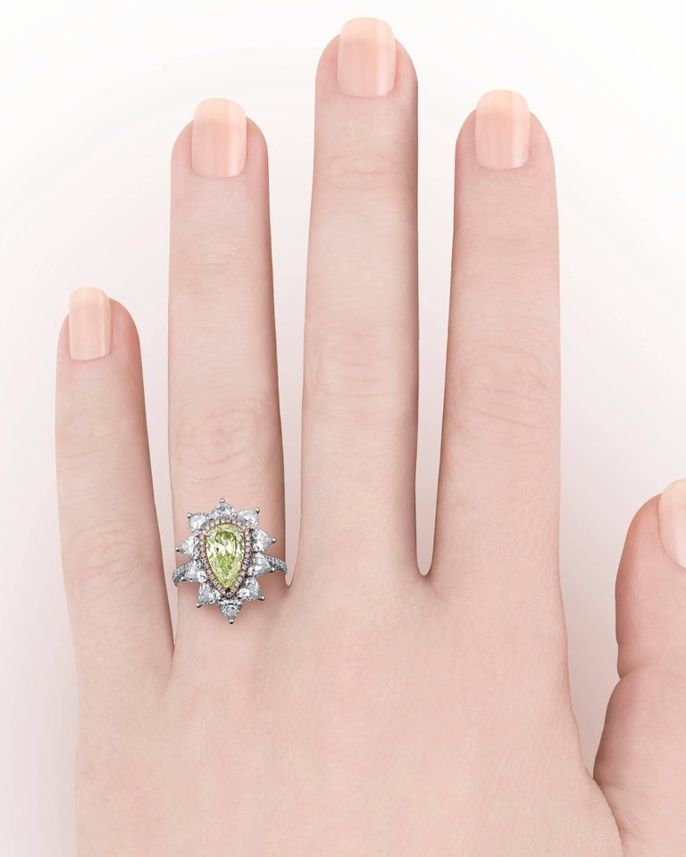 Fancy Intense Yellow Green Diamond Ring, 1.72 Carat In New Condition For Sale In New Orleans, LA