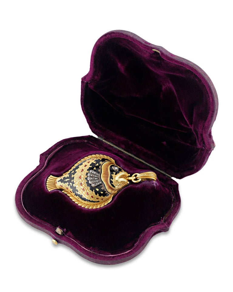Diamond Enamel Sunfish Lapel Watch, circa 1860 In Excellent Condition For Sale In New Orleans, LA