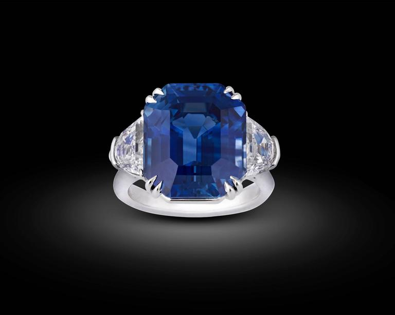 18.50 Carat Untreated Kashmir Sapphire Diamond Platinum Ring In New Condition In New Orleans, LA