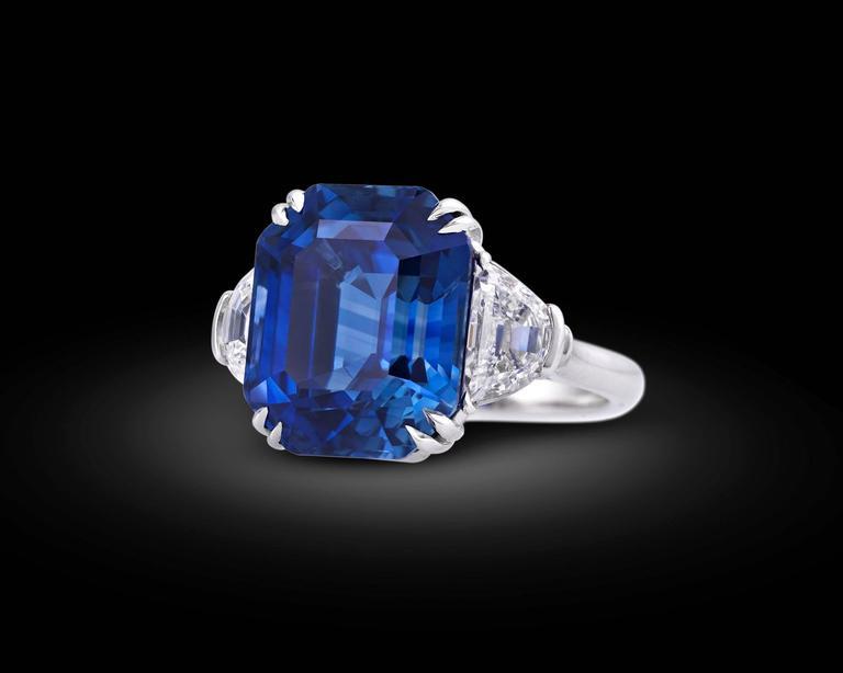 Women's 18.50 Carat Untreated Kashmir Sapphire Diamond Platinum Ring