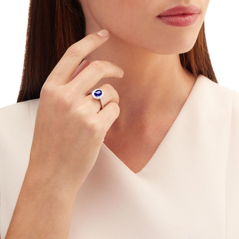 Garrard 1735 Platinum GIA Oval Blue Sapphire Diamond Cluster Engagement Ring In New Condition For Sale In London, London