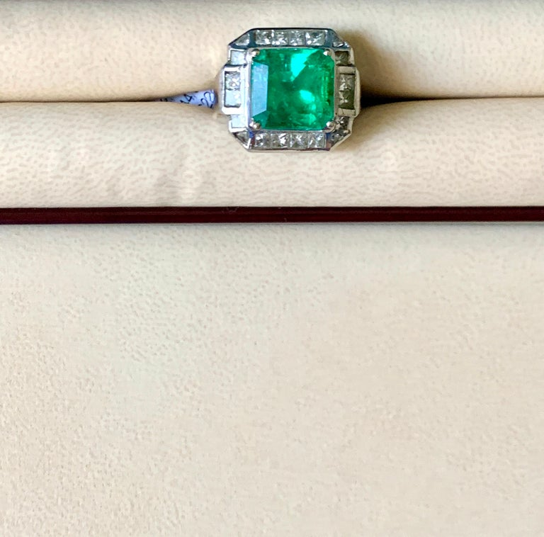 AGL Certified  Minor 9 Carat Emerald Cut Colombian Emerald and Diamond Ring  For Sale 5