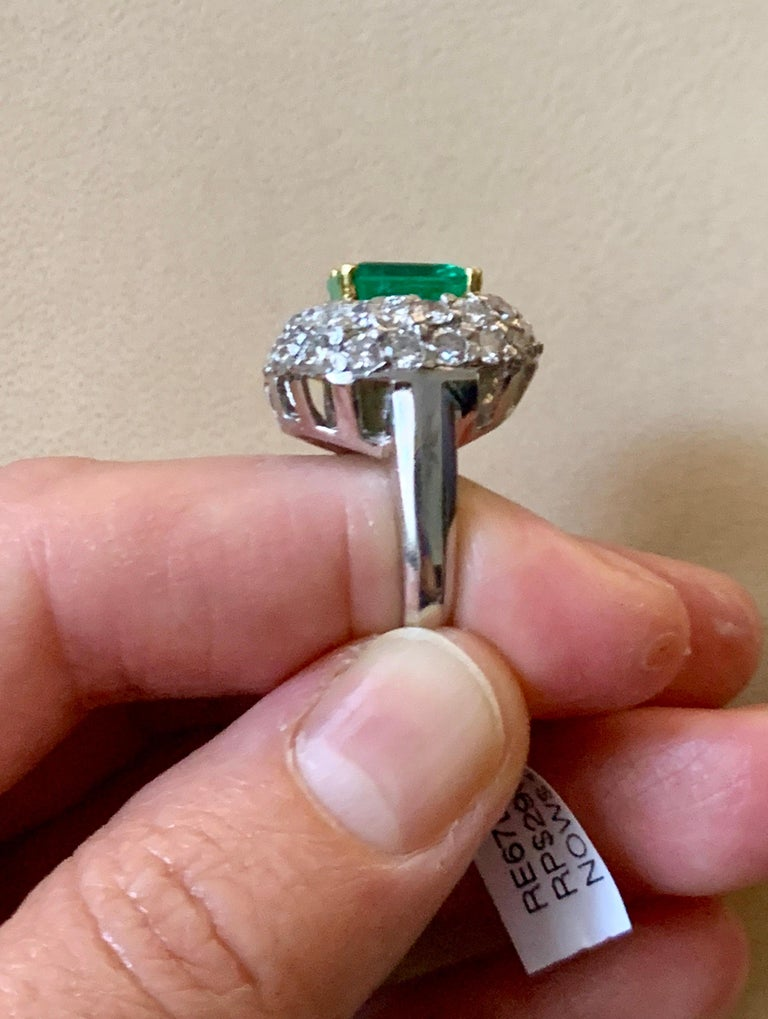 6 Carat Emerald Cut Colombian Emerald and 4 Carat Diamond Ring Platinum Two-Tone For Sale 10