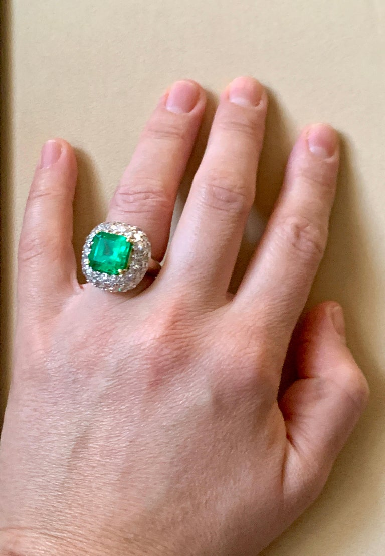 6 Carat Emerald Cut Colombian Emerald and 4 Carat Diamond Ring Platinum Two-Tone For Sale 13
