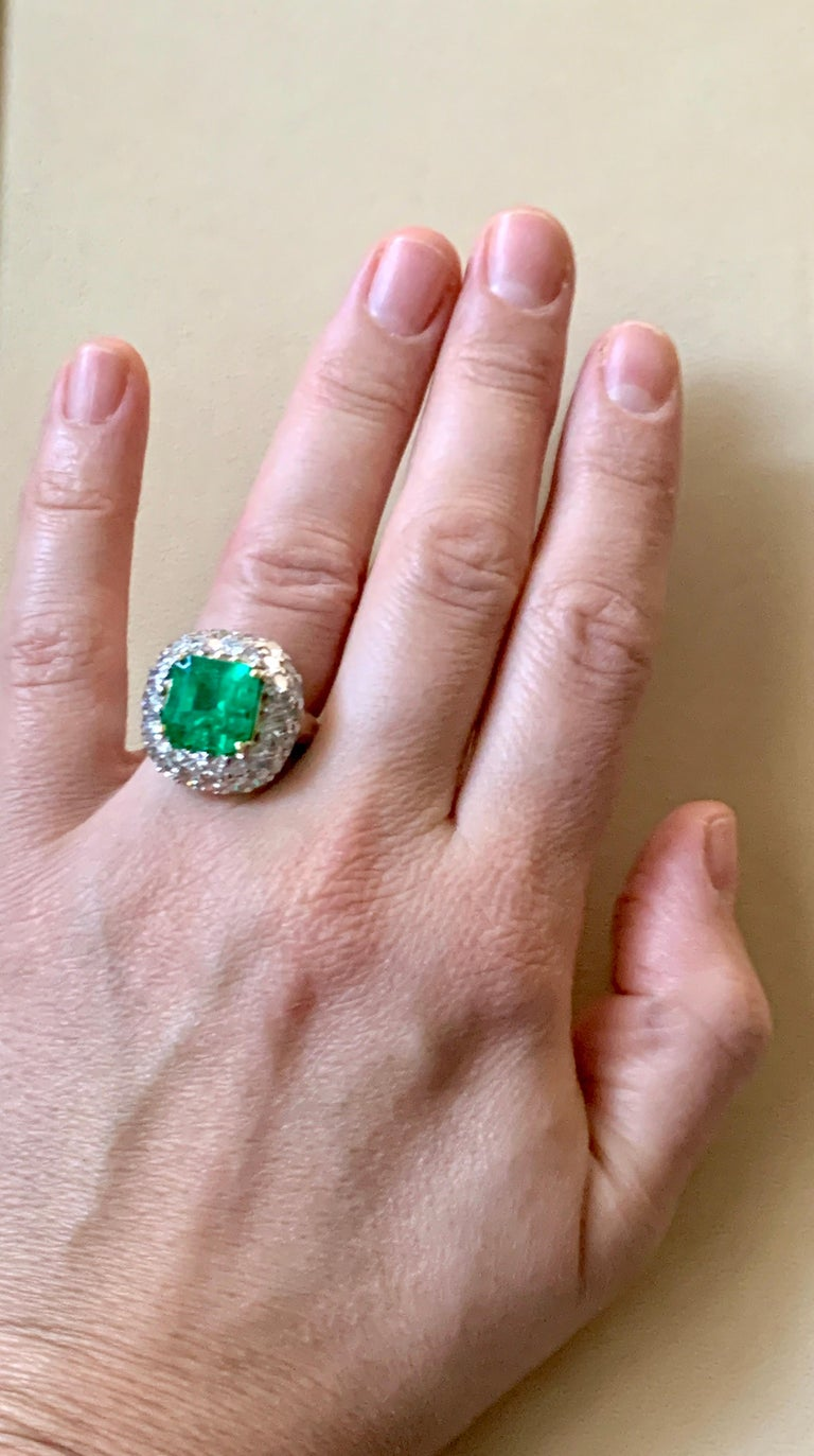 6 Carat Emerald Cut Colombian Emerald and 4 Carat Diamond Ring Platinum Two-Tone For Sale 15
