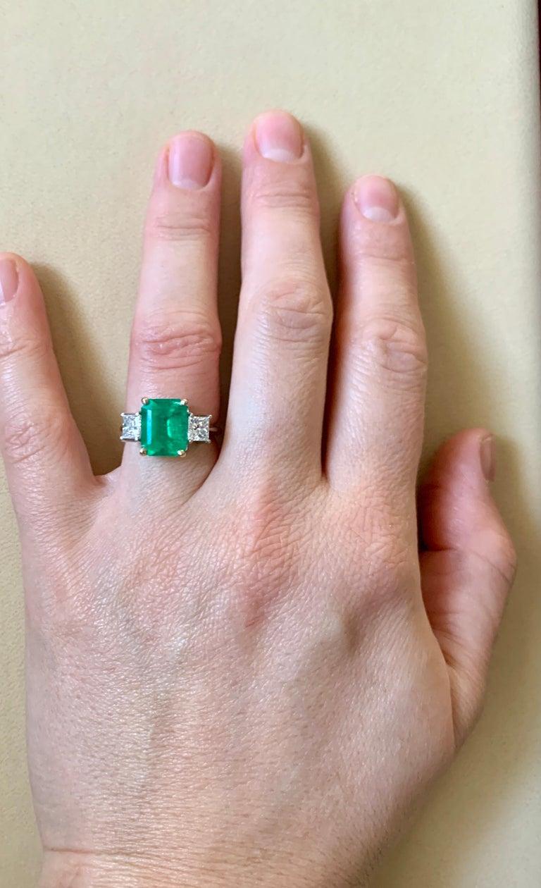 4.5 Carat Emerald Cut Colombian Emerald and 1.4 Carat Diamond 18 Karat Gold Ring 8