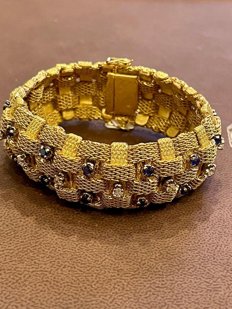 3 Carat Sapphire and 2 Carat Diamond Bracelet in 18 Karat Yellow Gold 116 Gm For Sale 12