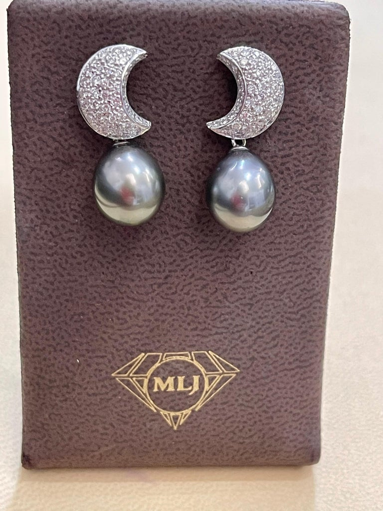 Grey Black Tahitian Cocktail Dangling Earrings with Diamonds 18 Karat White Gold For Sale 6