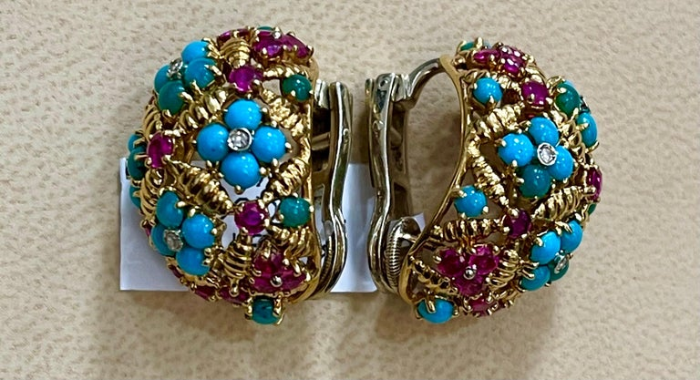 Diamond Ruby and Turquoise Clip Earrings in 18 Karat Yellow Gold 17 Grams For Sale 3