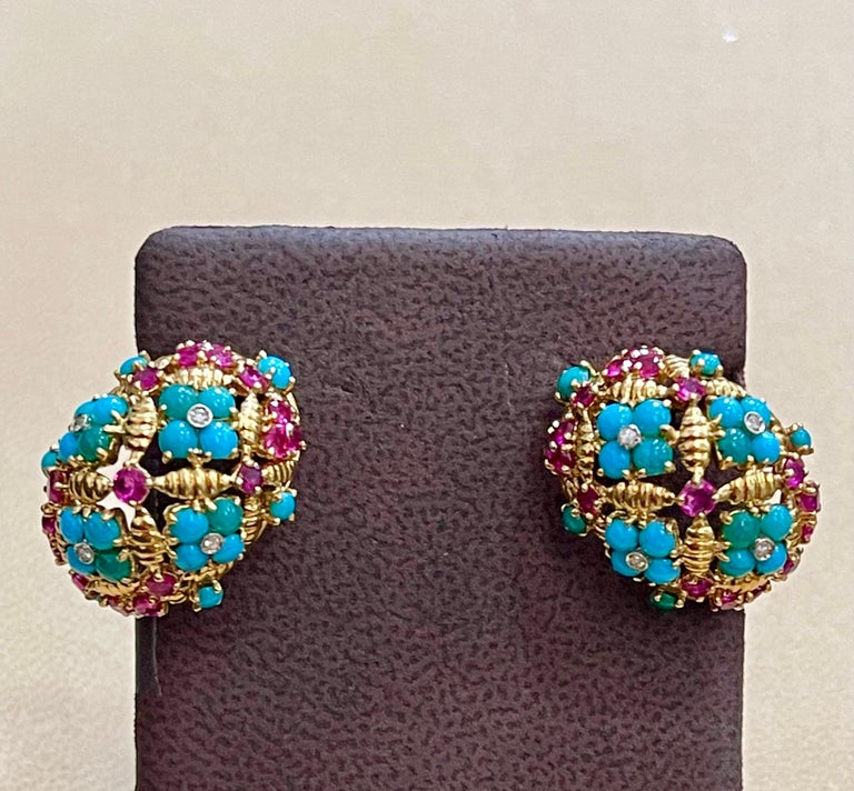 Diamond Ruby and Turquoise Clip Earrings in 18 Karat Yellow Gold 17 Grams For Sale 4