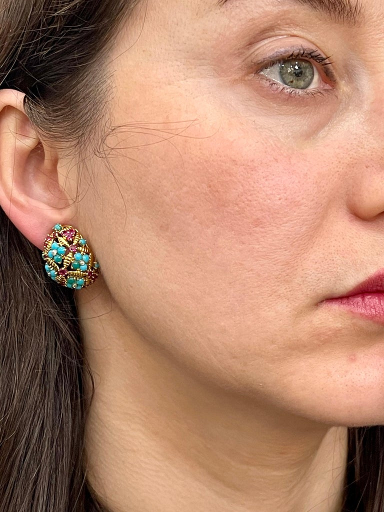 Diamond Ruby and Turquoise Clip Earrings in 18 Karat Yellow Gold 17 Grams For Sale 6
